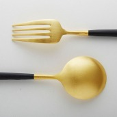 Cutipol Goa Gold Black, modern cutlery made in Portugal